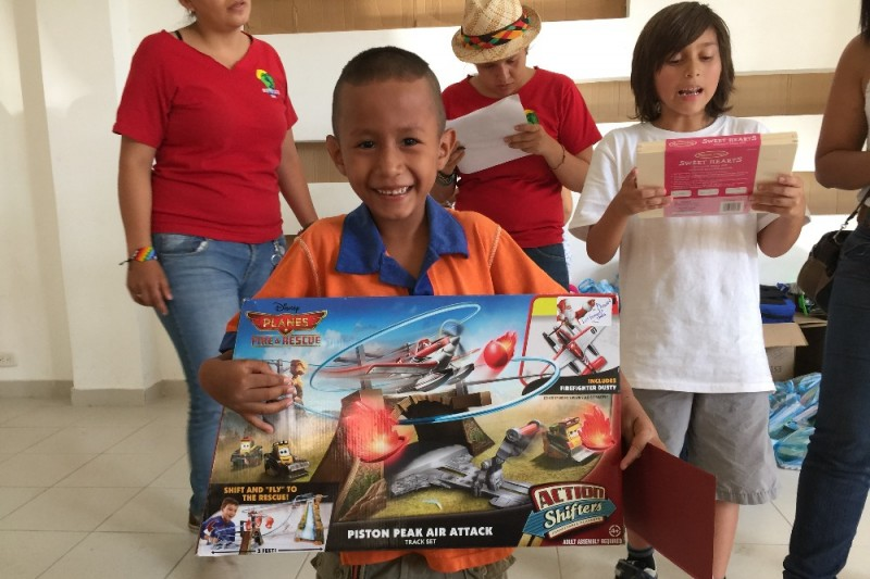 Christmas Toys For The Needy : Christmas gifts for needy children by jaime camacho gofundme